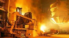 Las acerías están forzadas a encarar las tareas de mantenimiento a fondo para evitar suspensiones y despidos de personal