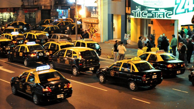 Desde este sábado rige un nuevo aumento en los taxis porteños