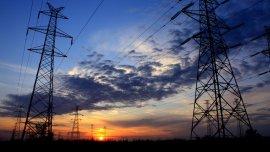El ministro Aranguren confirmó incrementos en las tarifas de luz y gas