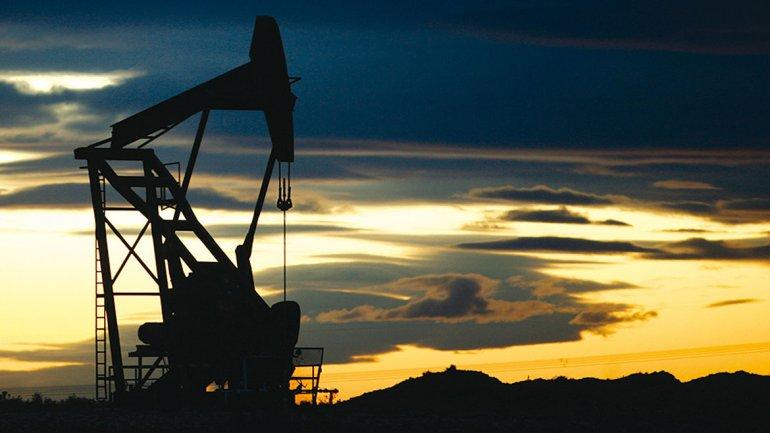 El precio del petróleo se dispara por la crisis en Ucrania