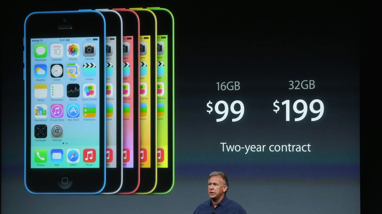 El modelo iPhone 5C de 16 GB costará US$ 99 y el de 32 GB se venderá por US$ 199. Estarán a la venta el 20 de septiembre