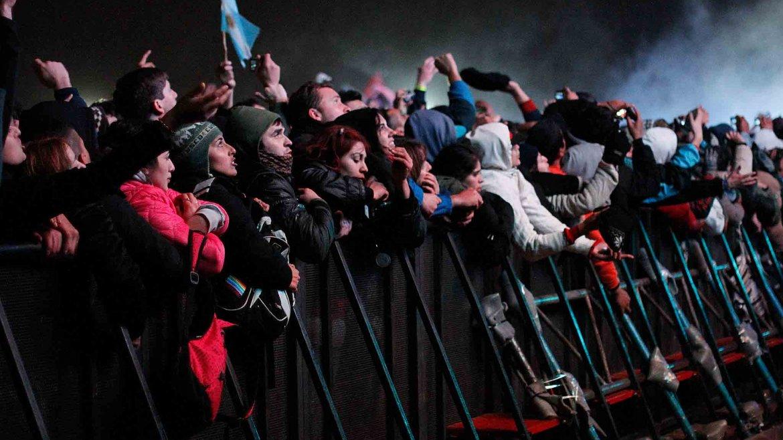 Ante miles de fanáticos, el Indio Solari hizo vibrar Mendoza con su recital