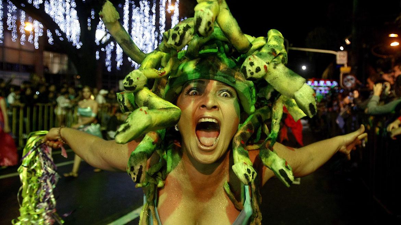 Carnaval de Mitos y Leyendas en Medellín