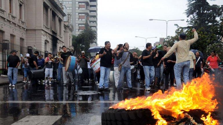 Lanzan campaña nacional por el derecho a la protesta