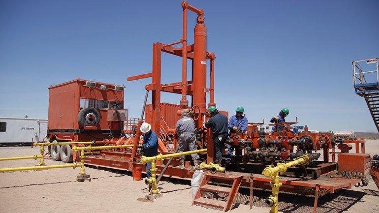 Producción petrolera en yacimiento no convencional de Vaca Muerta