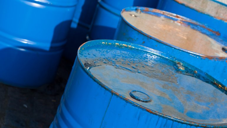 Entra y Enterate : El petróleo no encuentra piso Taringa