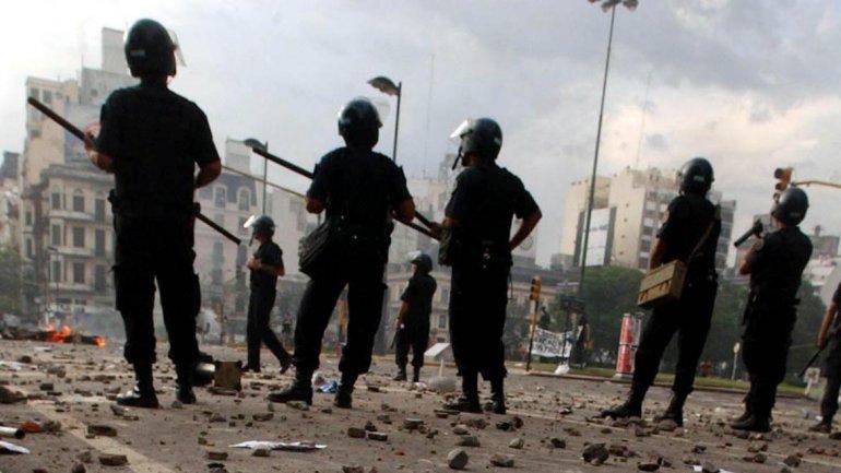 Represión de 2001: condenaron a Enrique Mathov, Rubén Santos y otros siete acusados