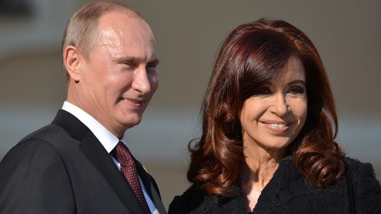 Vladimir Putin junto a Cristina Kirchner durante la cumbre del G-20 en San Petersburgo