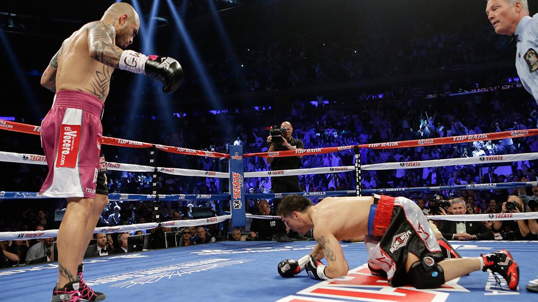 En el sexto, Maravilla siguió con la estrategia de pelear más suelto, pero el que tenía el control del combate era el puertorriqueño