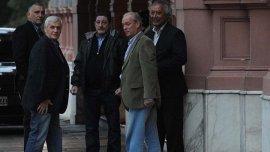 Foto archivo. Caló, Viviani y Rodríguez entrando a la Casa Rosada.