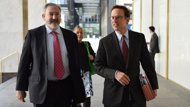 Los abogados que representan a la Argentina: Carmine Boccuzzi y Jonathan Blackman.