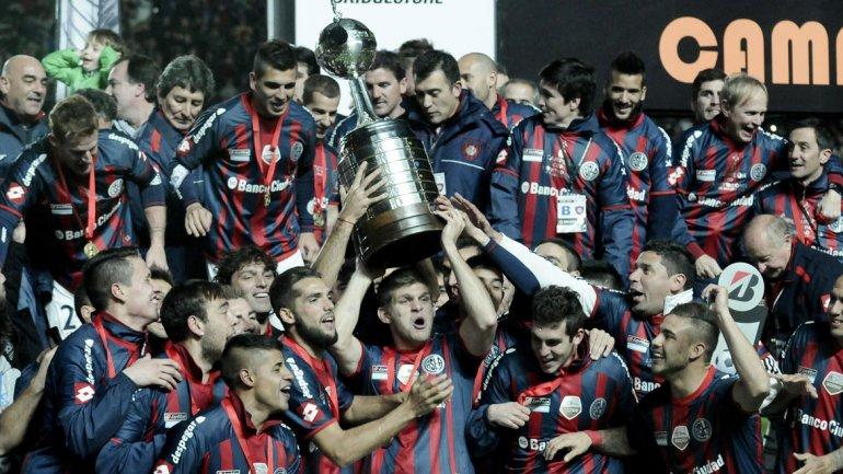 San Lorenzo consiguió su primer trofeo continental