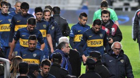 Boca, sin juego ni actitud, perdió con Estudiantes y le dio otro empujón a Bianchi
