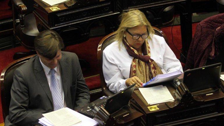Prometí bajar los impuestos y eso vamos a hacer, declaró Carrió sobre su nuevo proyecto para modificar Ganancias.