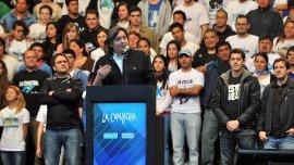 Máximo Kirchner habla durante un acto partidario de La Cámpora