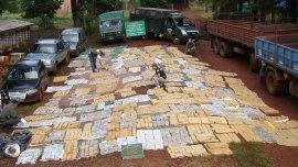 Misiones, 26 de junio: allanan 13 viviendas y secuestran más de tres toneladas