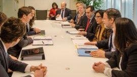 Kicillof con miembros del Banco Mundial