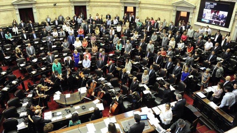Denuncia por sedición: dicen que el Ejecutivo sitió la democracia para mantener el relato