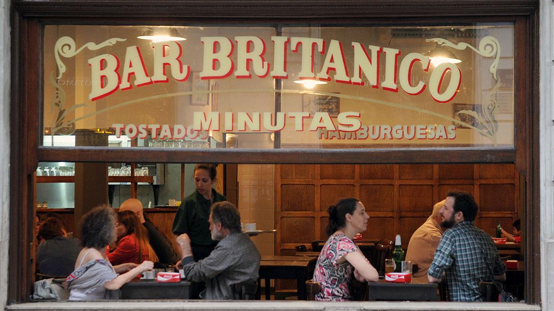 En 1998 el gobierno de la Ciudadlo declaró Bar Notable de la ciudad