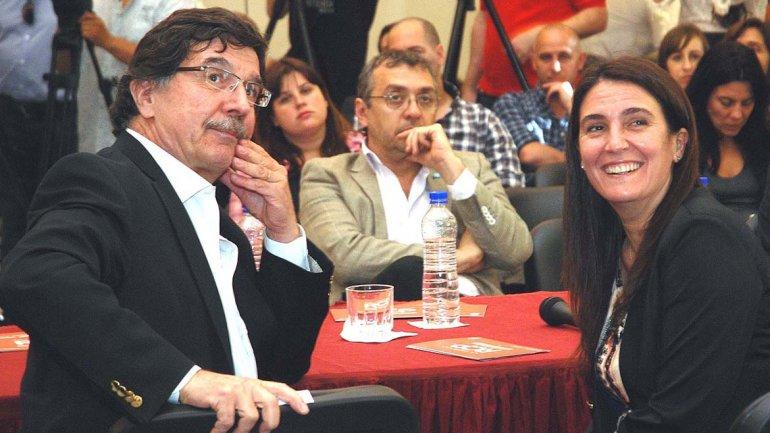 El ministro Sileoni en la presentación de la campaña RCP en las escuelas junto a la ministra de Seguridad, Cecilia Rodríguez.
