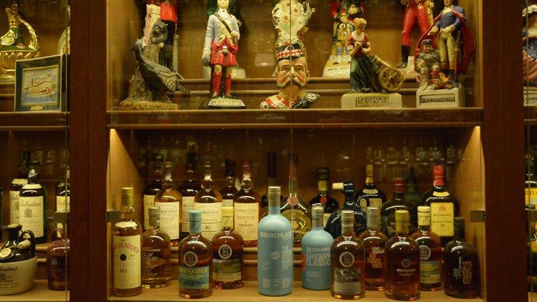 ¿Quién tiene la colección de whisky más grande del mundo?