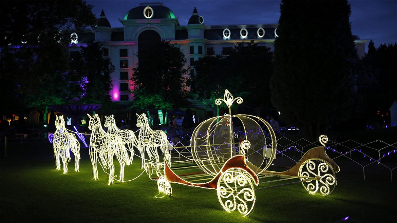 Imagenes luces de navidad en el mundo taringa - Imagenes de casas adornadas con luces de navidad ...