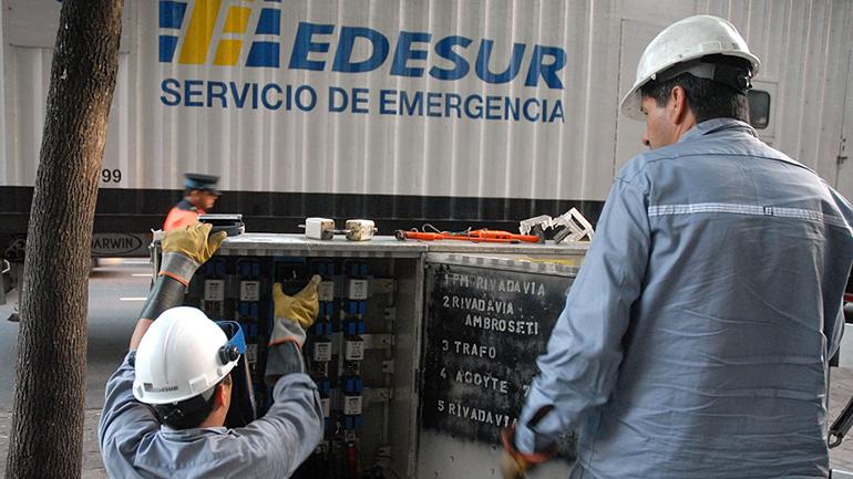 El nuevo cuadro tarifario para Edesur y Edenor se conocerá a través del Boletín Oficial.