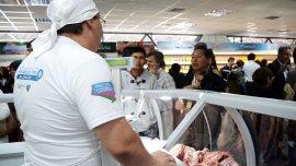 El ministro de Agroindustria estimó que el asado aún mantiene un sobreprecio de 20 por ciento