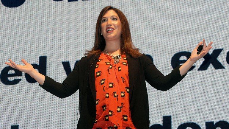 En el Centro de Convenciones Arturo Frondizi de Vicente López, Zuckerberg encabezó la conferencia junto a Daniel Sieberg
