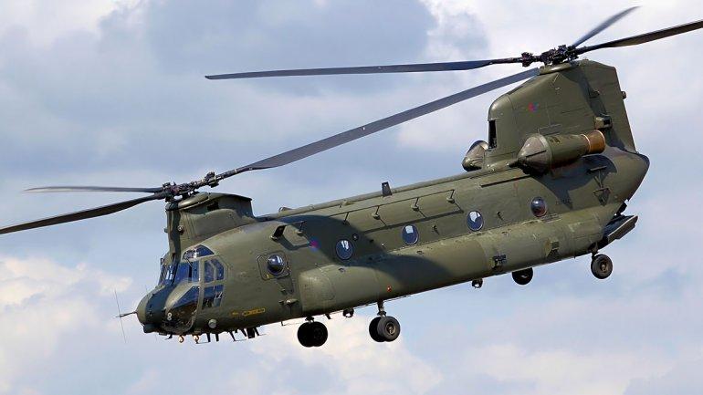 Gran Bretaña enviará dos helicópteros Chinook a Malvinas - Imagen de archivo