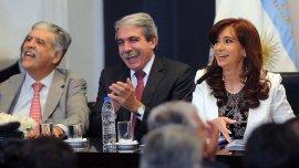 Julio De Vido y Aníbal Fernández, dos de los que deberán declarar
