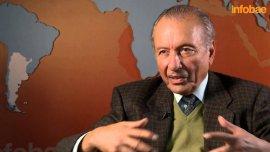 Scioli ingresa a la política de la mano de Carlos Menem, recordó el hermano del ex presidente