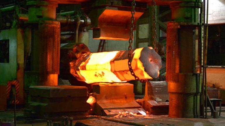 La industria siderúrgica opera con alta capacidad ociosa por caída de exportaciones y competencia de China