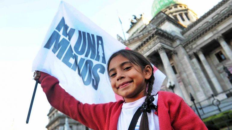 Una niña durante la marcha #NiUnaMenos, el pasado 3 junio.