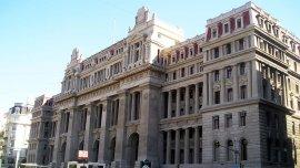 El Colegio de Abogado criticó que se busque mezclar el nombramiento de jueces para la Corte Suprema con un debate sobre la ampliación del cuerpo.