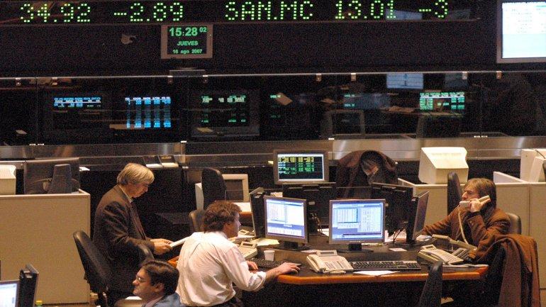 En lo que va del año, el índice Merval retrocede un 15 por ciento.