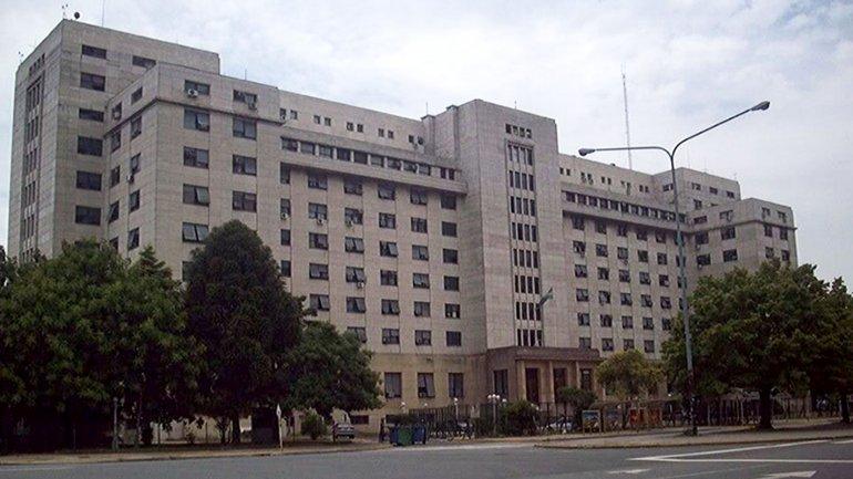 Frente del edificio de Comodoro PY