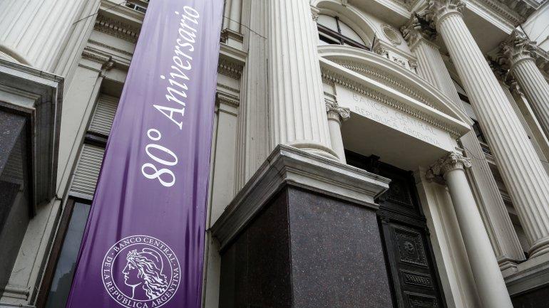 El Banco Central practica una política que inquieta a los economistas del próximo gobierno