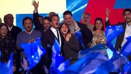 Sergio Massa, precandidato a Presidente electo en UNA, en el búnker junto a su esposa, Malena Galmarini