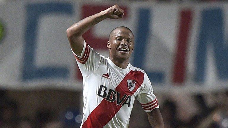 Carlos Sanchez se va de River Plate