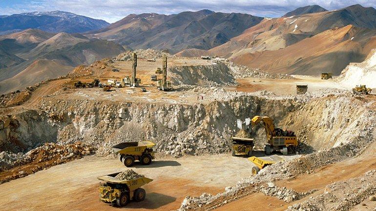 La fuga de solución cianurada se produjo en la mina Veladero, en San Juan.