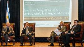 Los referentes de energía del FPV, Cambiemos y UNA compartieron un debate sobre Escenarios 2035