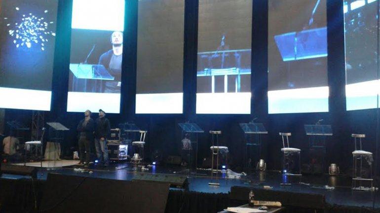 Los ensayos y trabajos de preparación del primer debate presidencial, en la Facultad de Derecho de la UBA.