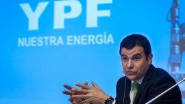 Miguel Galuccio continuará en la presidencia de YPF, por lo menos hasta abril
