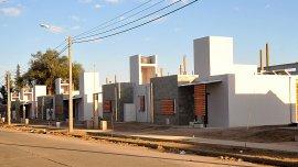 Así lucen las nuevas viviendas del primer barrio bioclimático del país
