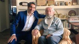 Diego Bernardini con Jack Fuchs, sobreviviente de Auschwitz.