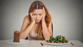 La dieta se abandona cuando se eleva el nivel de Cortisol.