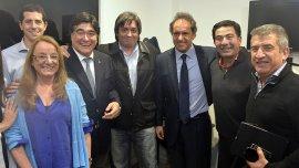 Daniel Scioli junto a Máximo Kirchner, en el encuentro que mantuvieron el 2 de julio pasado en Santa Cruz, un par de semanas después de que se oficializara la fórmula presidencial del gobernador con Carlos Zannini