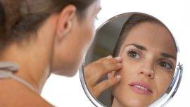 El bisturí no es la única alternativa; bien empleado, el maquillaje rejuvenece