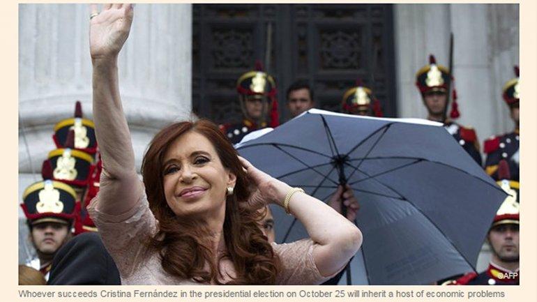 Financial Times describió a Cristina Kirchner como estridente y heterodoxa.
